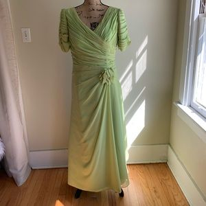 Light In The Box green gown dress size 14W